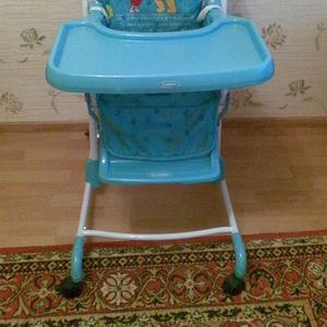 продам стол-стульчик